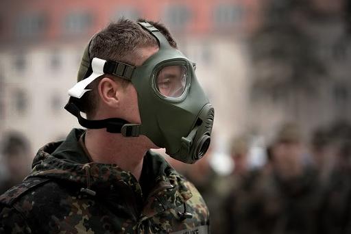 Bundeswehr-M2000-Gasmaske-3