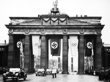 Drittes-Reich-1936-Sommer-Olympics-Brandenburg-Tor-1