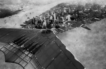 Ho-18b-Flying-over-NYC-1