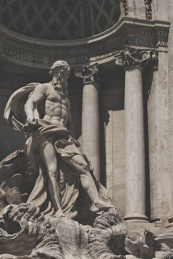 Feature-Baroque-Piazza-di-Trevi-III