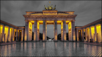 FEATURE-Brandenburger-Tor Pariser Platz, 10117 Berlin, Germany