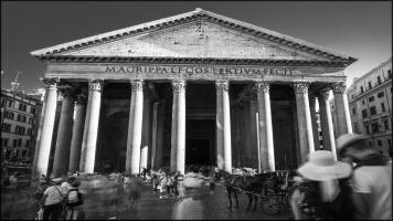 FEATURE-Pantheon Piazza della Rotonda, 00186 Roma RM, Italy