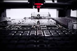 FEATURE-PCB-Manufaktur