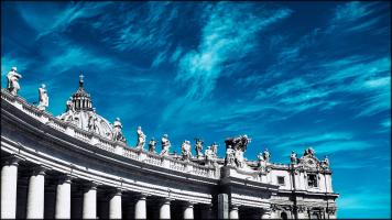 FEATURE-Piazza-San-Pietro-Citta-del-Vaticano-II